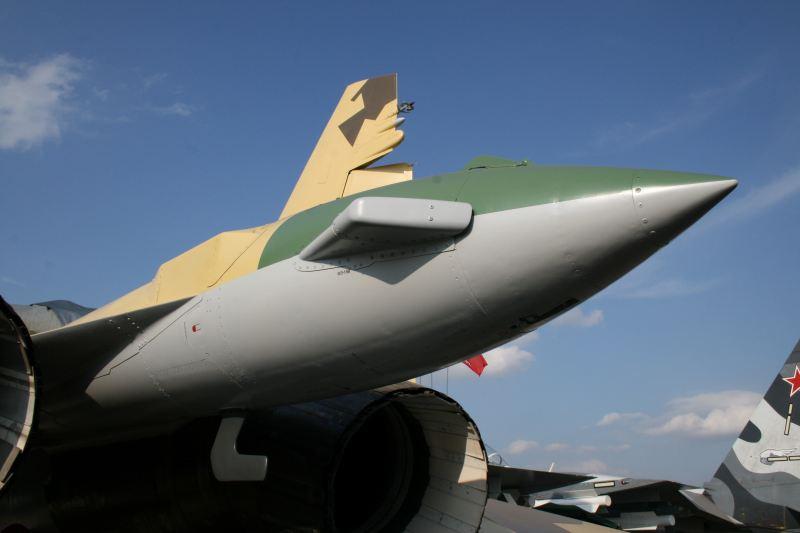 Sukhoi Su-35 Su-35_017
