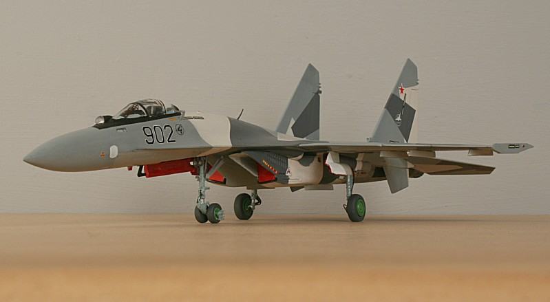http://www.flankers-site.co.uk/model_su-35_files/su-35_050.jpg