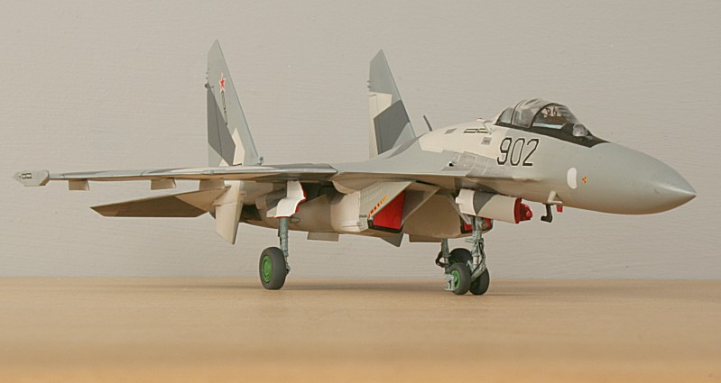 http://www.flankers-site.co.uk/model_su-35_files/su-35_052.jpg