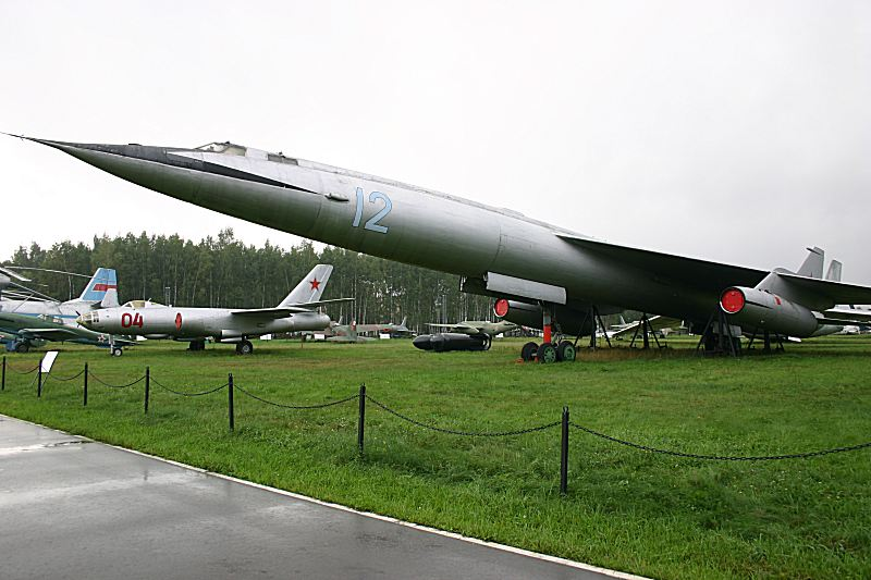 http://www.flankers-site.co.uk/moscow_2006_files/day_01_041.jpg