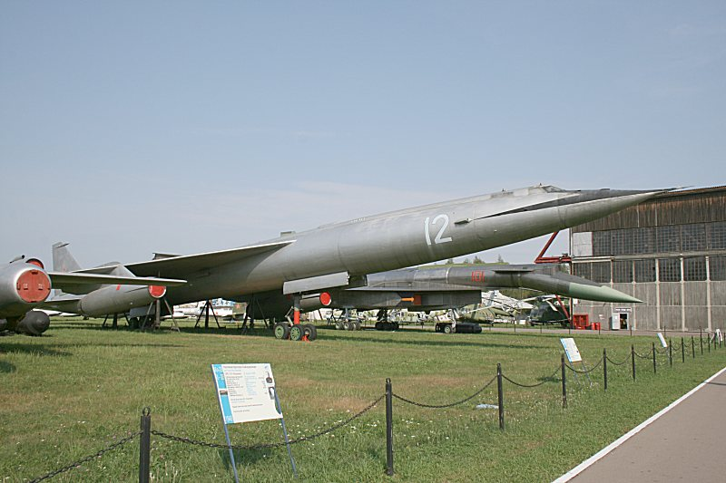 http://www.flankers-site.co.uk/moscow_2007_files/day01_032.jpg